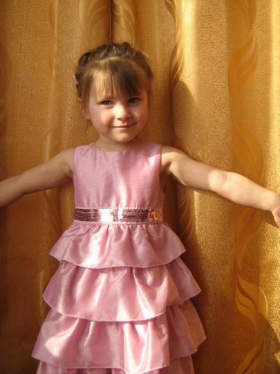 Внучка Мариночка - самая красивая.JPG