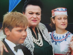 Л. Зыкина , концерт. Тербуны. фото А. Елецких.JPG